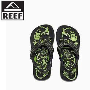 Reef boys' Ahi Glow Sandals